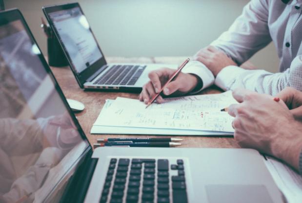 Top 5 beneficii ale folosirii soft-ului Power BI în firma ta