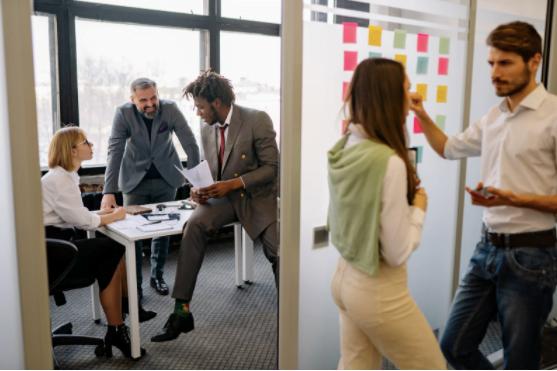 4 motive pentru care ar trebui să închiriezi spații de birouri